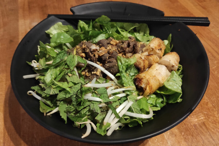 Boeuf aux vermicelles de riz (Bo Bun)