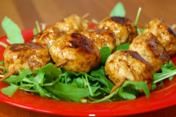 Brochettes de boulettes de poulet (Tsukune) | Lucullent!