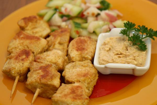 Brochettes de poulet sauce satay | Lucullent!