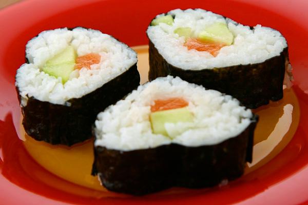 Sushis maki au saumon frais | Lucullent!